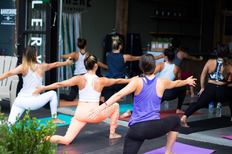 Leuke dingen om te doen met yoga voor meisjes